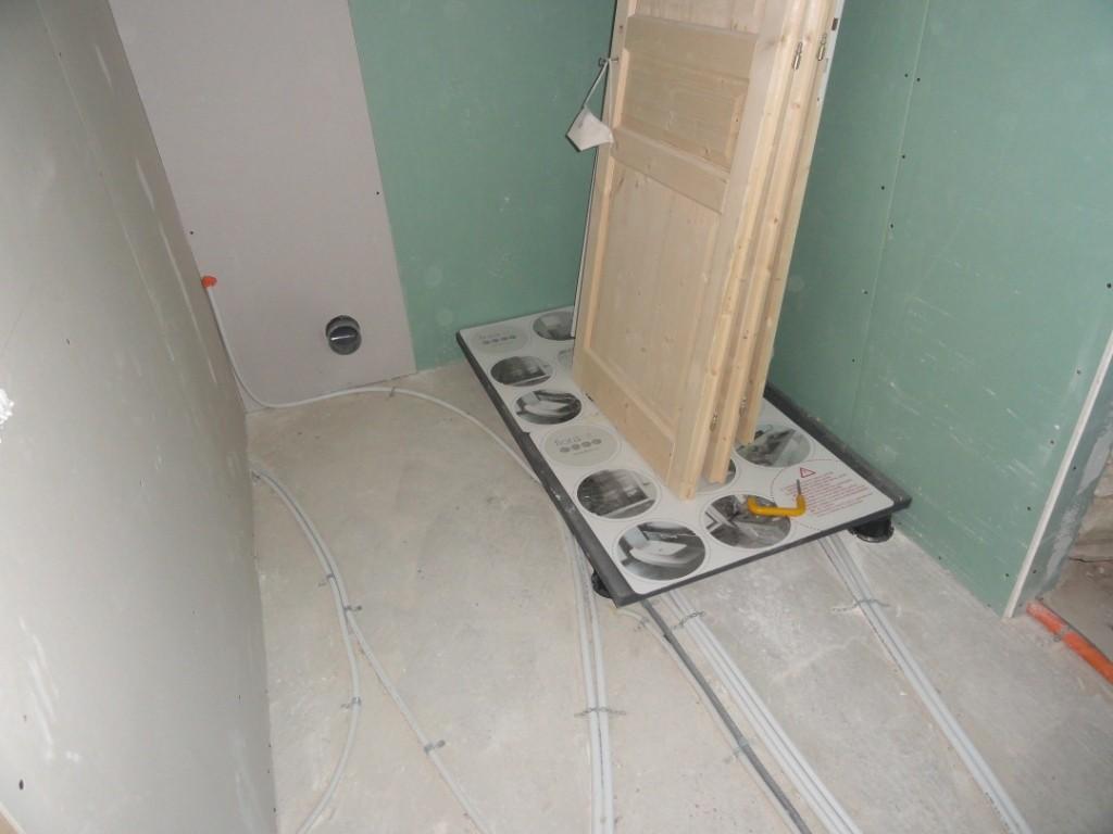 2013 : Cloisons salle de bains + plomberie