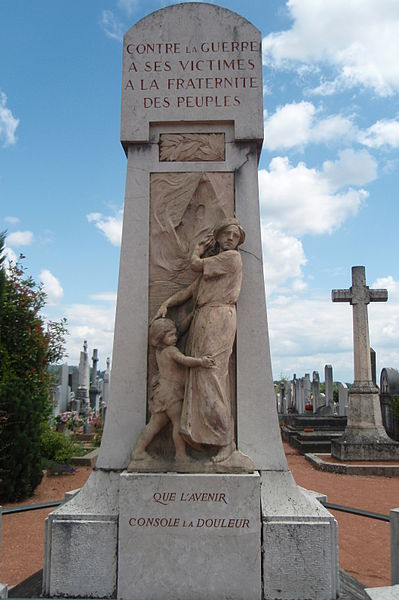 Le monument pacifistce de Dardilly (Rhône)
