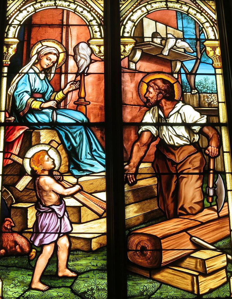デイトン(オハイオ州)聖マリア教会ステンドグラス「ナザレの家」