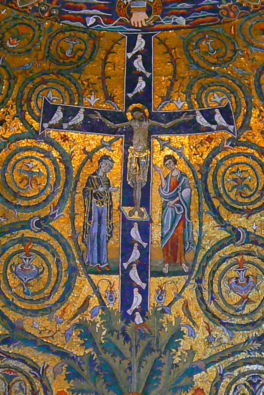 サン・クレメンテ聖堂(ローマ)モザイク「十字架の勝利」(画像はWikimedia Commons, Rita1234を編集)
