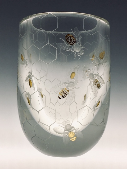 """Beehive""15x10cms Lead crystal, 24ct gold leaf. new ashgate gallery"