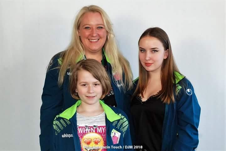 DIe BPU-Auswahl: Diana Mucha, Amy Blaum und Kimberly Puschke - Foto: Billard Magazin Touch