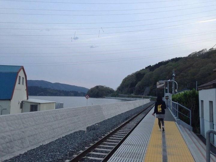 浦宿駅。海が綺麗だったんです。
