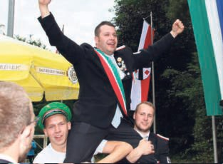 Auch die Jungschützen fanden schnell einene neuen Regenten: Niklas Wessel sicherte sich den Königstitel.