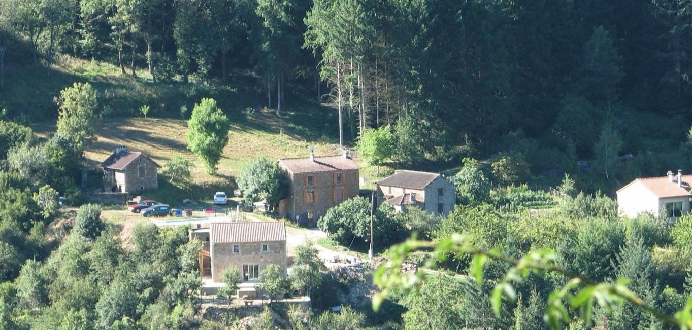 G tes vall e du tarn aveyron site de gites valleedutarn - Gite avec piscine aveyron ...