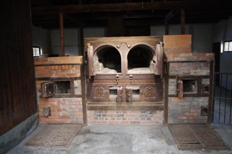 Verbrennungsöfen im alten Krematorium