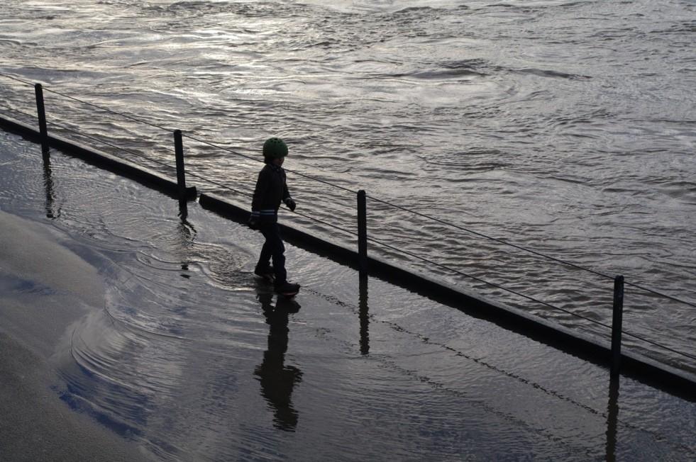 Floodgirl on waves