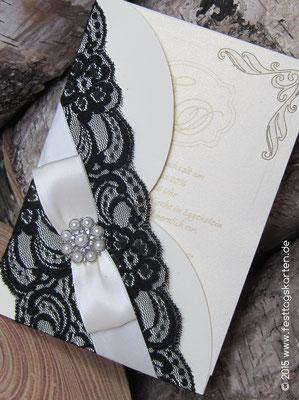 Einladungskarte mit Perlen-Brosche mit Straß, rund #54