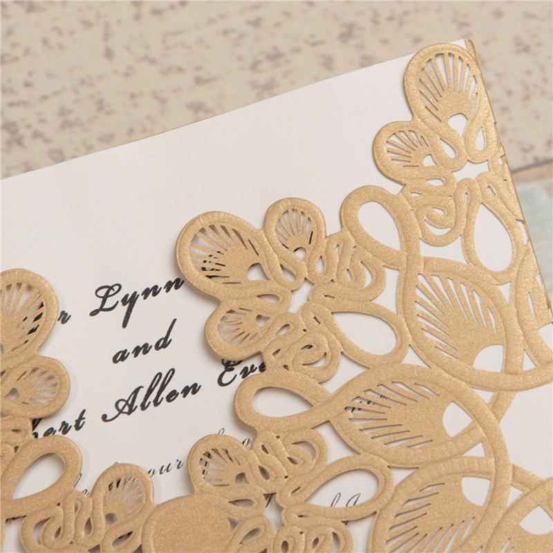 Lasercut Karte #B0008 in Metallic Gold