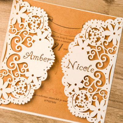 Personalisierbare Lasercut Hochzeitskarte #PB0145 in Blumenoptik