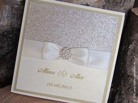 Glitter Einladungskarte mit cremefarbenem Band und Perlchen-Strass-Brosche, rund # 62