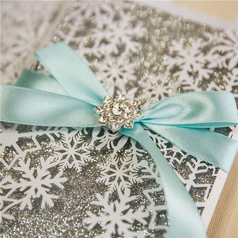 Einladungskarte Schneekristall