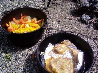 ダッチオーブン 調理時間 鶏もも肉 ポトフ