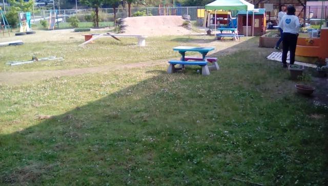 子ども園の奉仕作業の作業前画像