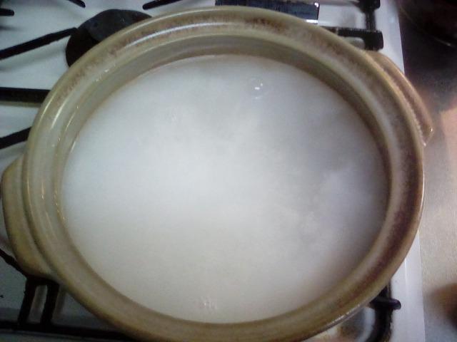 過炭酸ナトリウム たっぷりのお湯 土鍋 洗浄 漂白