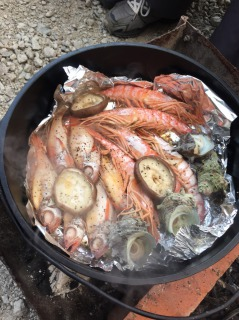 ダッチオーブン 海鮮 サザエ のどぐろ