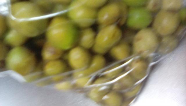 梅干しジップロックで漬ける梅酢