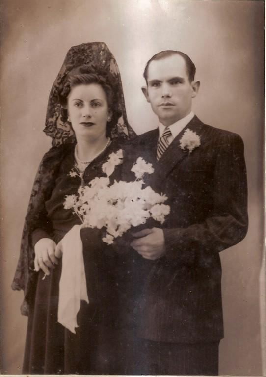 1947. Eulalia Martín y Atilano González