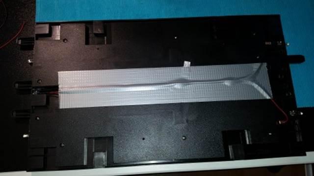 LED Leitung mit Klebeband fixieren