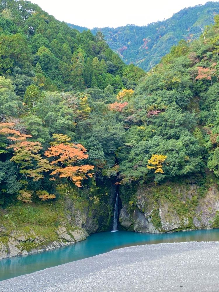 十津川村 こんな色の川は初めて
