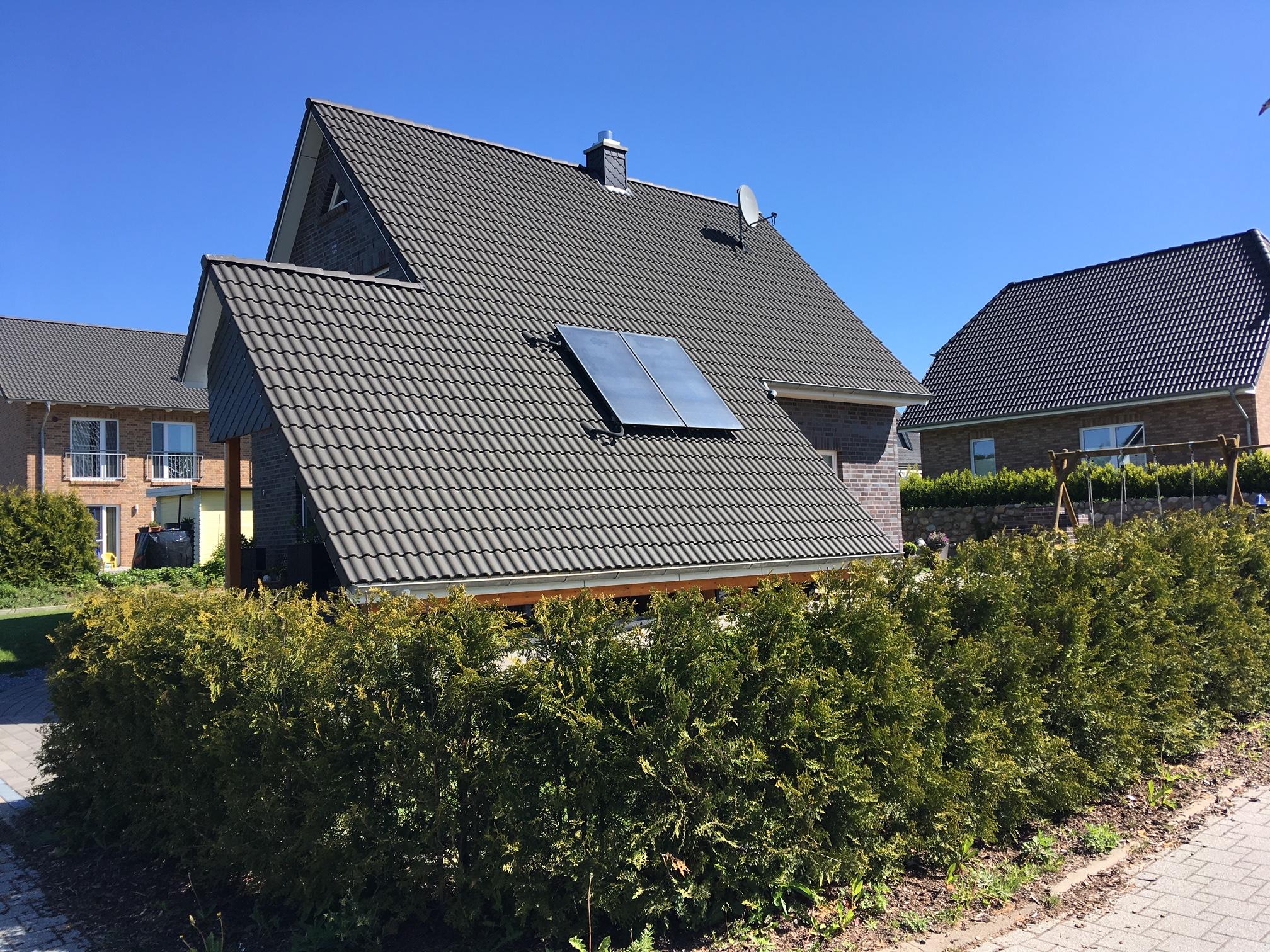 Dach mit Solarfläche