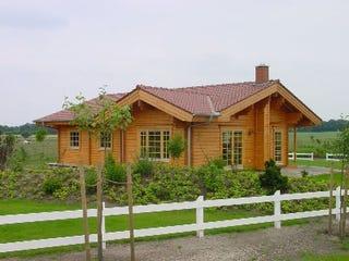 Blockhaus als Einfamilienhaus - Holzhaus in Blockhauweise - Blockhausbau - Massivholzhaus - Niedersachsen - Hannover