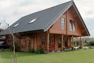 Ökologisches Einfamilienhaus in Blockbauweise auf zwei Ebenen - Wohnblockhaus - Holzhaus in echter Blockbauweise - Thüringen