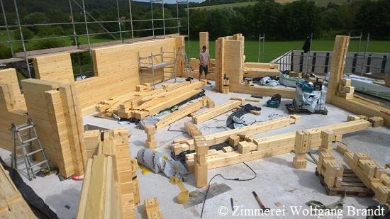 Blockhaus - Baustelle in Hessen - Holzhaus Blockbauweise - Blohausbau - Holzhaus - Massivholzhaus - Architektenhaus