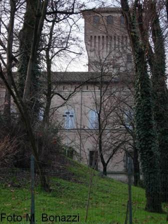 Sissa - La Rocca  e il Parco della Montagnola