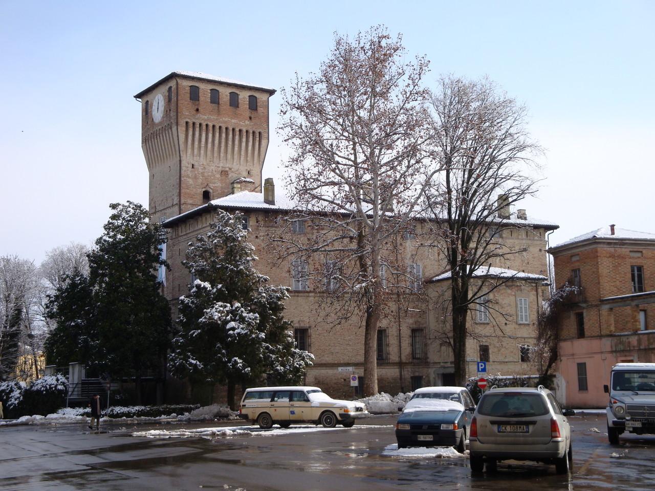 Pro Loco Sissa - La Rocca e Piazza Roma (foto F.Sassi)