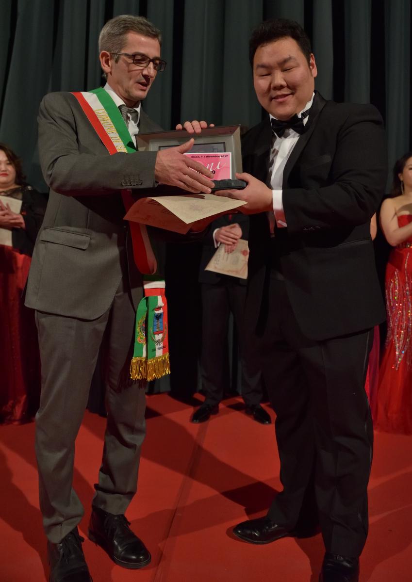 I° Premio   Dong Huy Kim, baritono