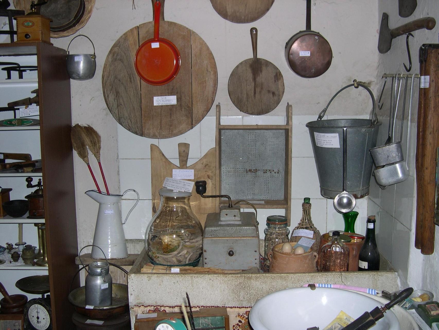 In cucina.. - Foto Carlo Bassanini