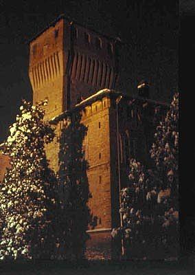 Pro Loco Sissa - La Rocca dei Terzi -inverno notte