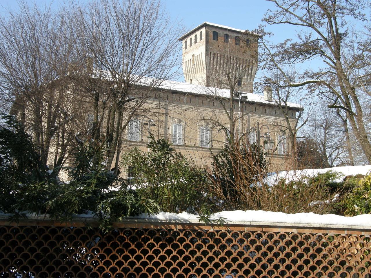 Pro Loco Sissa - La Rocca lato Est (foto F.Sassi)