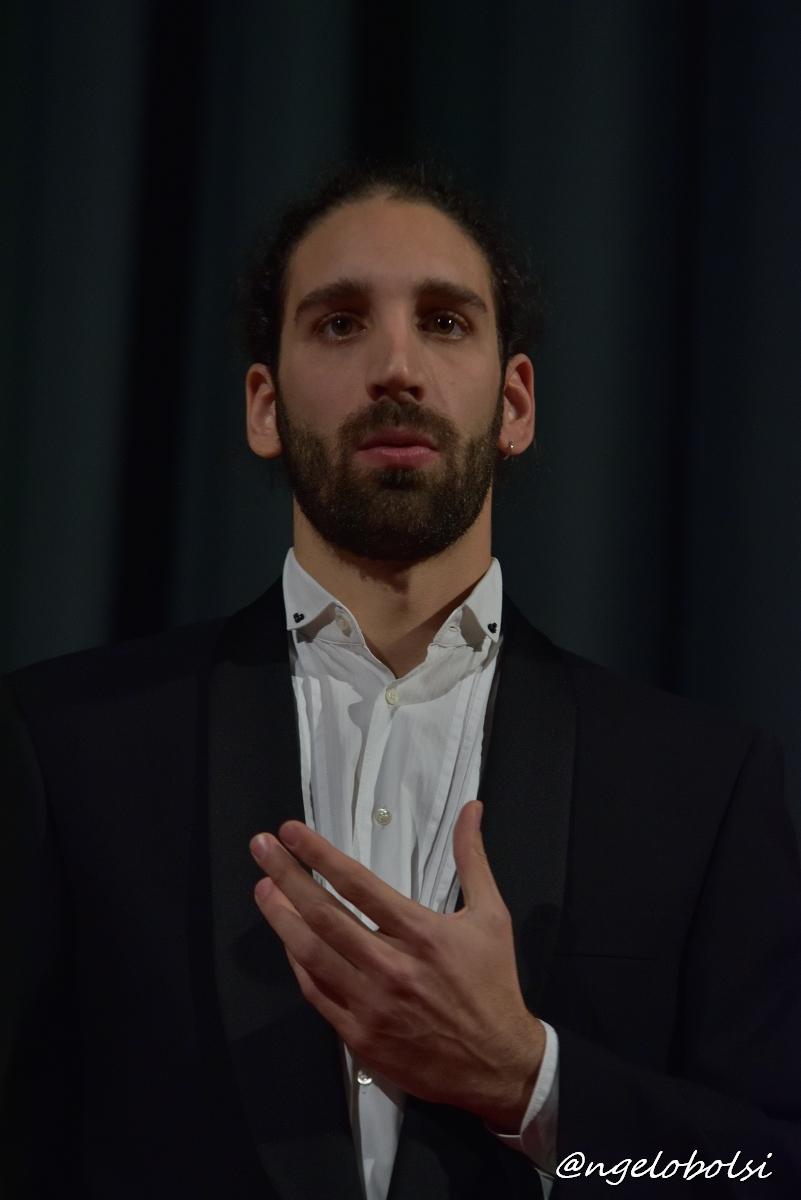 Alessandro Martinello, baritono  Hai già vinta la causa    (Mozart – Le Nozze di Figaro)