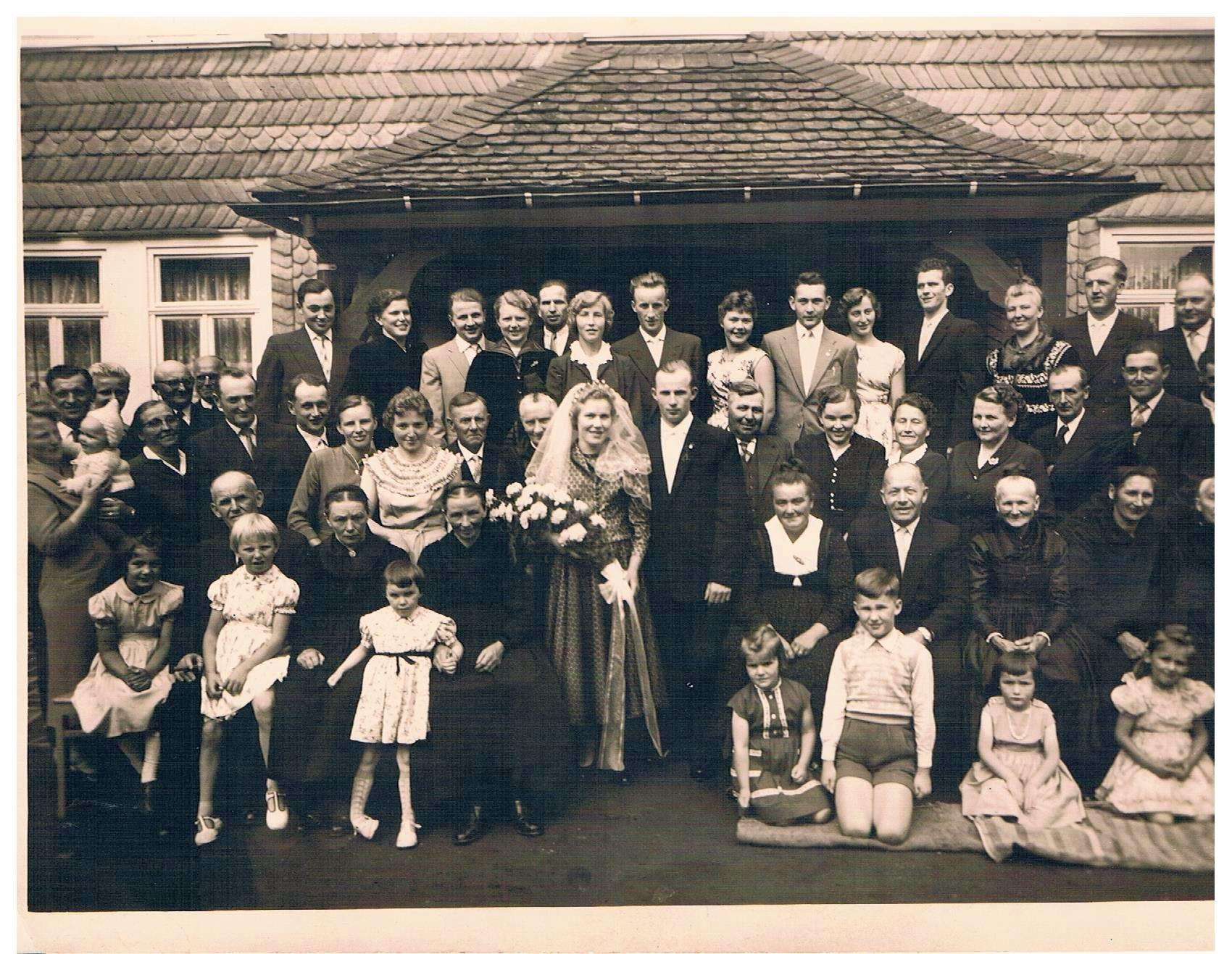 1. Hochzeitspaar Hermann und Emma Brühl, geb. Inacker