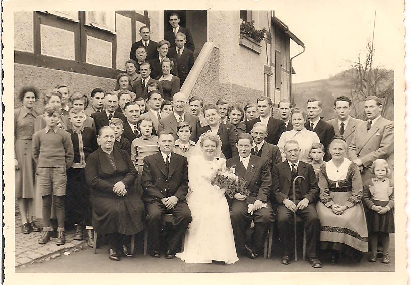 9. Hochzeitspaar Karl-Heinz und Annemarie Engelbach, geb. Damm