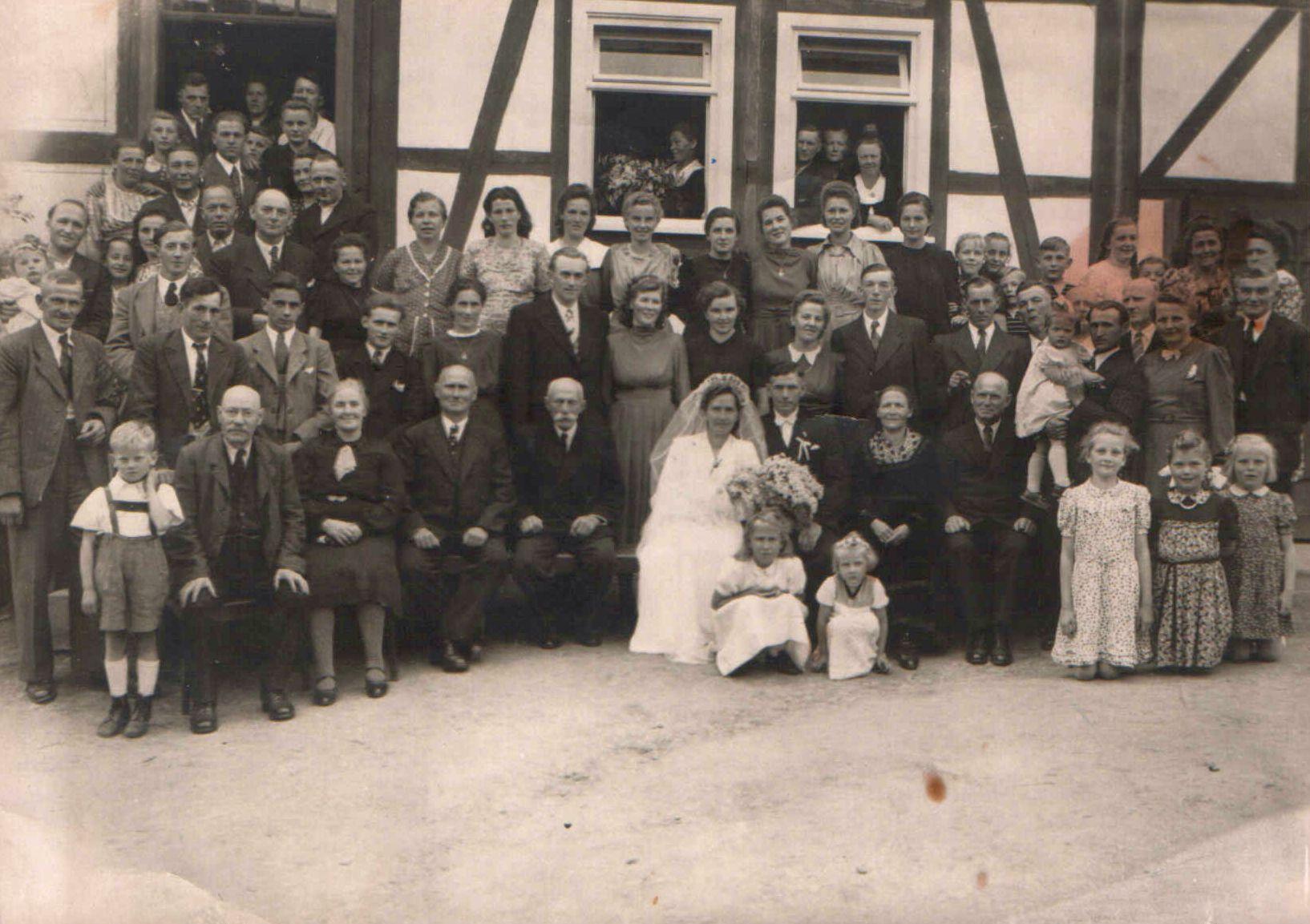 4. Hochzeitspaar Hermann und Luise Lettermann , geb. Belz