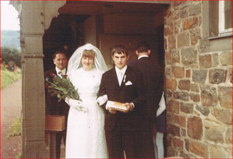 Hochzeitspaar Helmut und Ursel Schneider, geb. Wack