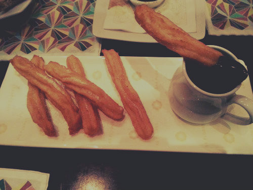 churro's plus pure chocolate dip