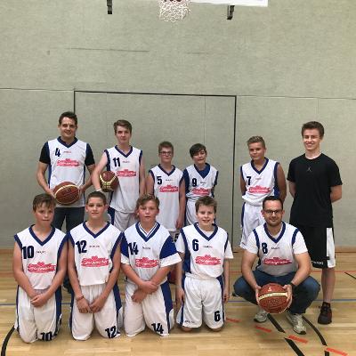 Basketball-Meister vom RC Borken mit Spangemacher auf der Brust