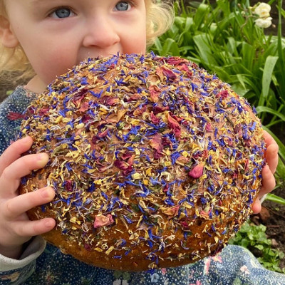 Blütenbrot der Bäckerei Spangemacher