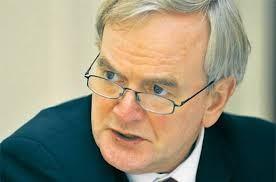 Willem Buiter hat wiederholt bekräftigt, dass Griechenland ohne Schuldenschnitt nicht aus dem Schneider komme.