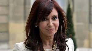 """Cristina Elisabet Fernández de Kirchner, die Präsidentin Argentiniens, bezeichnet gewisse Gläubiger als """"Geierfonds""""."""