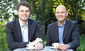 Holger Sigmund (rechts) mit Geschäftspartner Alexander Fritsch.