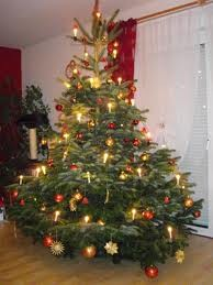 Ein Sparbuch unter dem Christbaum? - wie aufregend.