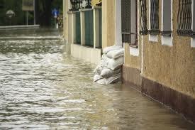 Hochwasser ist ein Elementarereignis. Die Gebäudeversicherung zahlt.