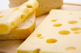 Käse mit Loch wird in den USA als Swiss Cheese bezeichnet - unabhängig der Herkunft.