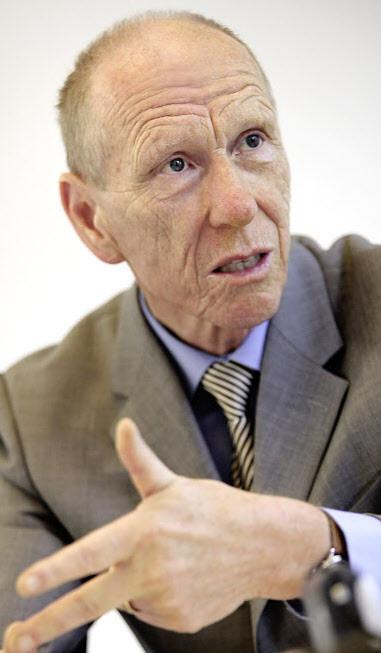 «Kein Unternehmen kann von heute auf morgen um 30 Prozent billiger produzieren», sagt Heinz Locher.