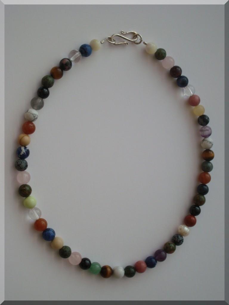Edelstein Halskette. Perlen Mix - ca. 8mm.